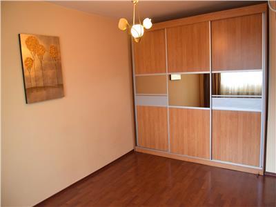 Inchiriere apartament 4 camere decomandat baba novac dristor  5 min