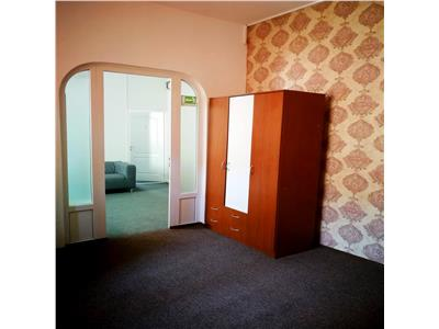 Casa D+P+M perfecta pentru sediu firma METROU TINERETULUI / SINCAI