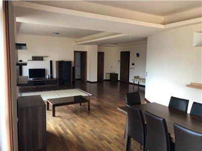 Apartament 4 camere 180 mp, Primaverii