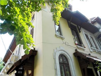 Inchiriere etaj vila elegant / finisaje deosebite DOROBANTI / CAPITALE