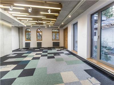 Office boutique 400 mp 70 mp curte  kiseleff arcul de triumf