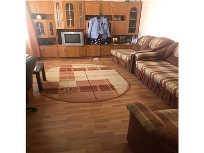 Vanzare apartament 2 camere decomandat blvd. bucuresti