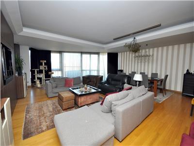 Domenii vanzare apartament 4 camere 200 mp