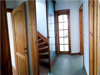Parter vila ideal pentru birouri Metrou Brancoveanu / Martisor