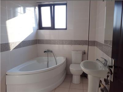 Apartament spatios - 2 dormitoare si living rond Penny Bragadiru