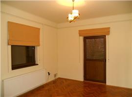 Birouri sau resedinta! Inchiriere apartament in vila noua PARCUL CAROL