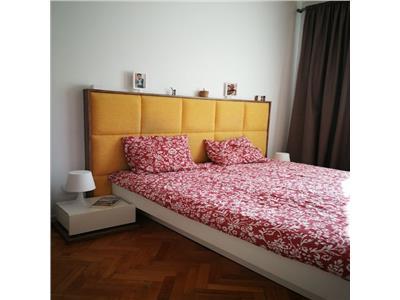 Vanzare apartament 3 camere, in ploiesti, zona democratiei