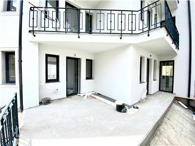 Apartament 3 camere, de lux, curte proprie, ultracentral, ploiesti