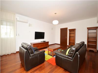 Inchiriez apartament deosebit 4 camere Polona Dacia