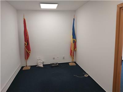 Spatiu Birouri - 3 camere I 10 EUR+TVA mp