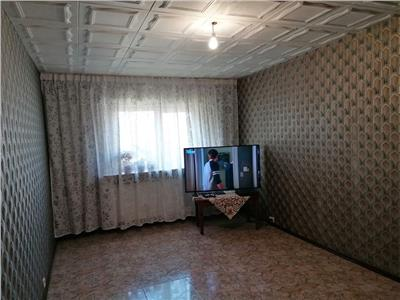 Vanzare apartament 3 camere, in ploiesti, zona 9 mai