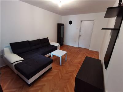 Apartament 3 camere Titan decomandat 8 min. metrou (inchiriat)