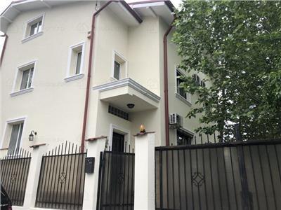 Vila noua, casa de vanzare Brancoveanu