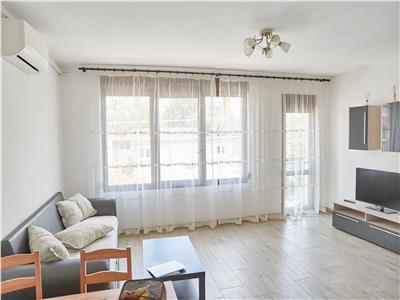 Inchiriere apartament 3 camere, TITAN (Intrarea Patinoarului)