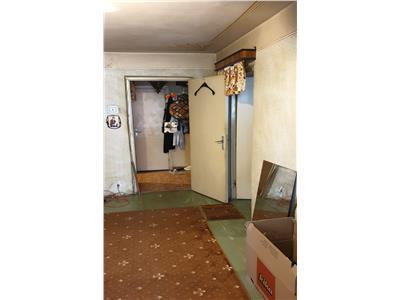 apartament 3 camere Nicolae Grigorescu, Piata Salajan 52 mp