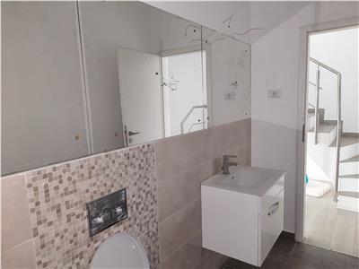 Vila eleganta 4 camere, 3 bai, curte in cartier rezidential Prelungire