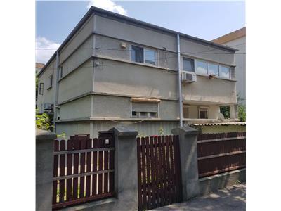 Vanzare apartament 4 cam in vila demisol+p+1e+m) 161 mp