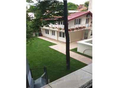 Vila P+M, 4 camere,Mihalache- Piata Domenii pretabila comerciala