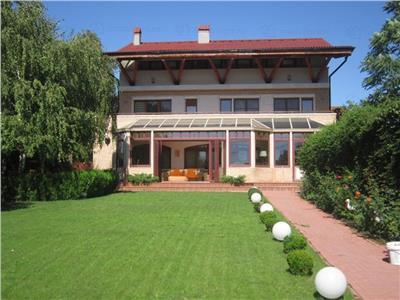 Casa de vanzare Baneasa | Vedere lac | Teren generos | Piscina