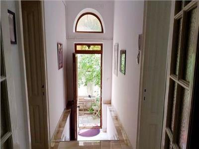 Parter vila cu intrare separata ideal birouri Parcul Carol/Marasesti