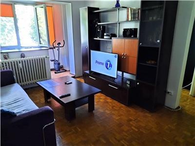 Apartament 2 camere metrou aparatorii patriei, balcon inchis