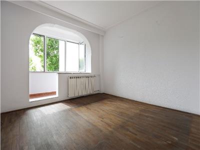 Apartament 4 camere decomandate berceni - straja, boxa, doua bai