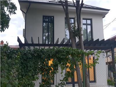 Ocazie unica, vila nou renovata parcul Carol Tineretului