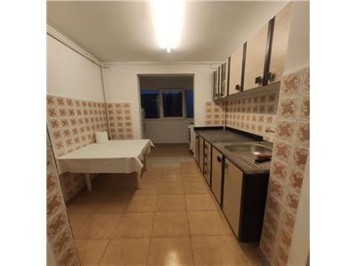 Inchiriere apartament 3 camere decomandat Pantelimon-Chisinau