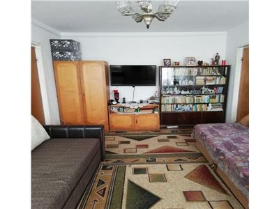 Vanzare apartament 3  camere decomandat ,baba novac