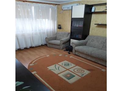 Apartament 3 camere decomandate berceni-straja, centrala, parcare
