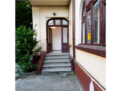 Inchiriere parter vila proaspat renovat pentru birouri Traian