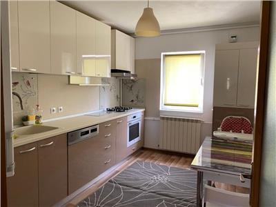 Apartament 3 camere decomandat Crangasi cu centrala proprie si parcare