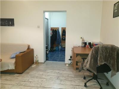 Vanzare apartament 2 camere, etaj 1 din 4, M.Costin Georgian