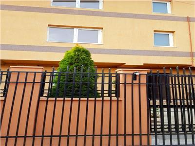 Inchiriere vila noua in duplex constructie 2020 Rosu / Troita