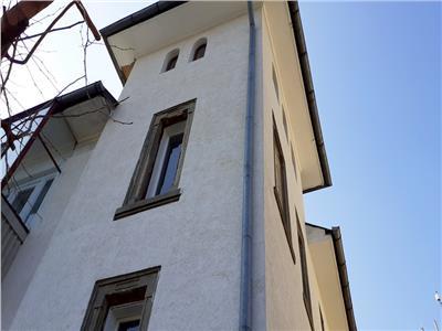 Imobil singur curte perfect pentru birouri/resedinta Palatul Cotroceni