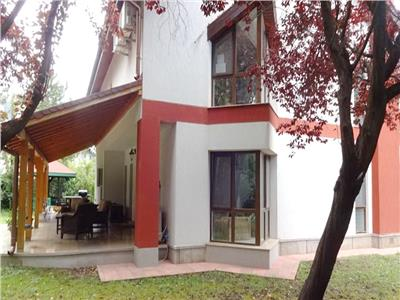 Casa de vanzare Iancu Nicolae complex premium, teren 1000 mp