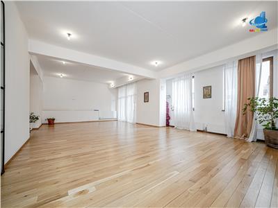Apartament 3 camere MIHAI EMINESCU - CALEA MOSILOR (Str. Toamnei)