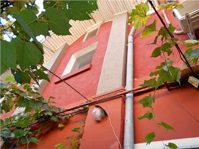 Vanzare casa renovata P+1+M UNIRII / CANTEMIR / MARASESTI