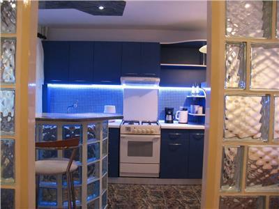 Inchiriere apartament 3 camere Titulescu mobilat si utilat complet