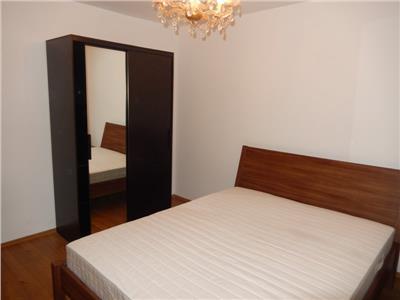Vanzare apartament 4 camere decomandat Titan/Ozana