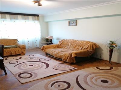 Inchiriere apartament cu 3 camere crangasi