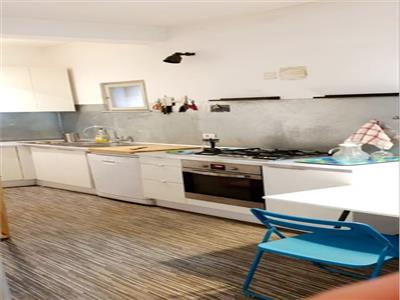 Inchiriere apartament 4 camere kogalniceanu/facultatea de drept