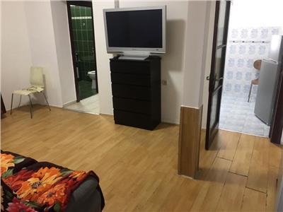Apartament 5 camere calea mosilor intersectie cu carol i