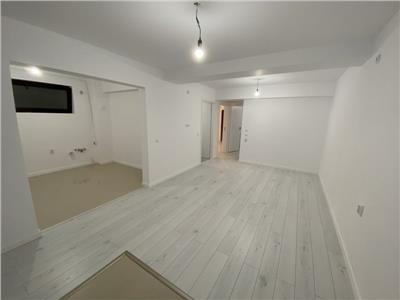 Vanzare apartament 4 camere bloc nou zona Vitan