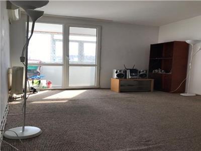 Apartament 3 camere decomandat la 5 minute de metrou Dristor