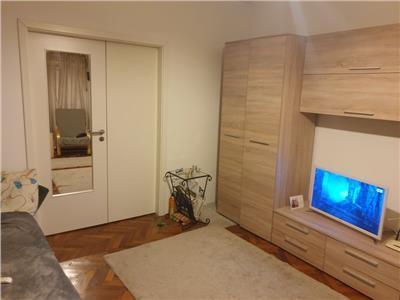 Vanzare apartament 4 camere Bulevardul Unirii/Ion Pilat
