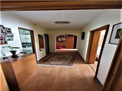 Apartament 2 camere,decomandat,mobilat baba novac,5 min metrou dristor