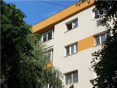 Vanzare apartament 2 camere in Rahova bloc din 1980