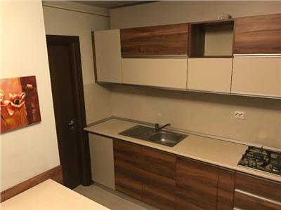 De  inchiriat apartament cu 3 camere confort 1 dec TEILOR PS uri