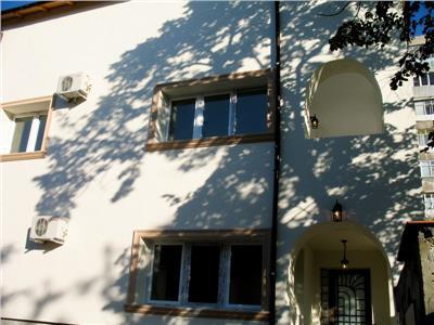 Vila refacuta calea crangasi/pod grant birouri/cafenea/salon